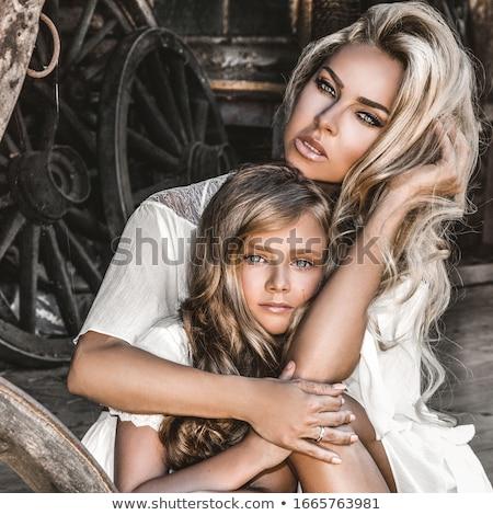 Aantrekkelijk jonge blond vrouw zomer outdoor Stockfoto © juniart