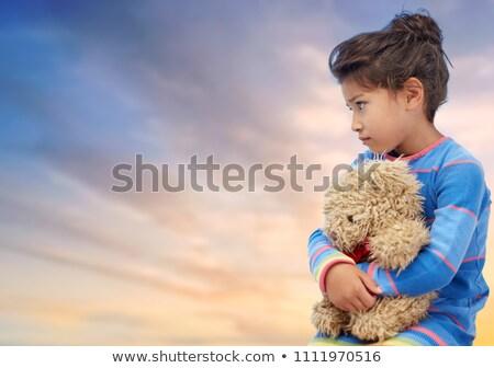 smutne · dziewczyna · miś · mały · cute · trzymając · się · za · ręce - zdjęcia stock © dolgachov