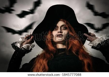 retrato · enojado · jóvenes · dama · bate · manos - foto stock © acidgrey