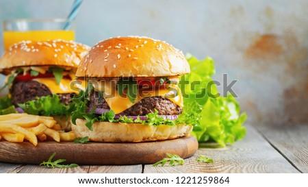 жареный картофеля мяса овощей пива пластина Сток-фото © maisicon
