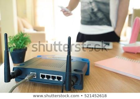 Kablosuz router genç genç Stok fotoğraf © nito