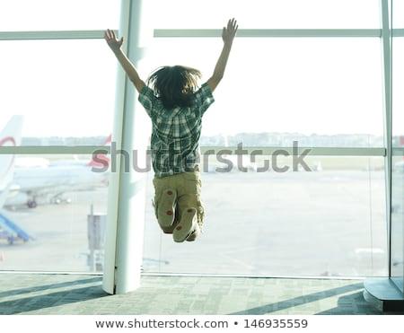 weinig · jongen · permanente · bagage · klaar · reis - stockfoto © zurijeta