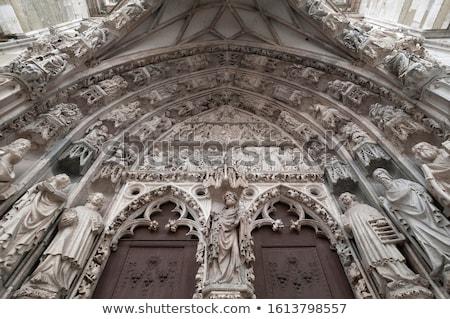 Détail cathédrale bâtiment ville église gothique Photo stock © Spectral