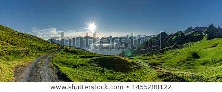 スモーキー · 山 · 日の出 · パノラマ · 霧 · 谷 - ストックフォト © pedrosala