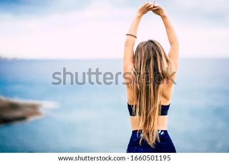 Glücklich Mädchen perfekten Körper perfekt schlank Stock foto © NeonShot