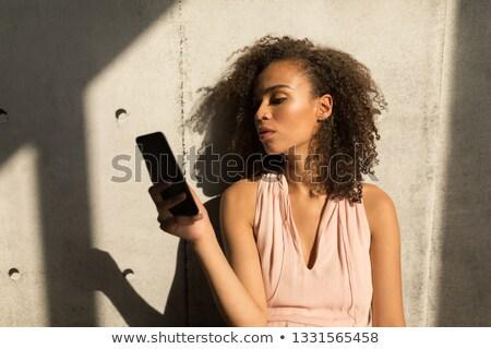 Vue joli Homme exécutif téléphone portable Photo stock © wavebreak_media