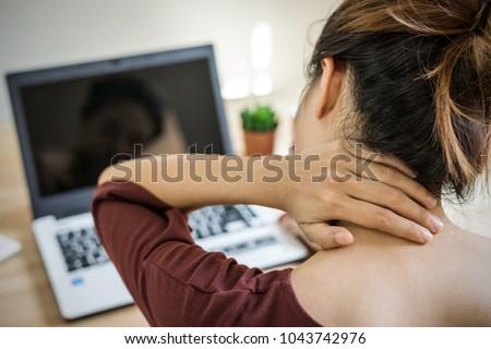 красивой деловая женщина шее боль служба вид сбоку Сток-фото © wavebreak_media