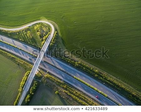 diretamente · acima · estrada · rodovia · carros - foto stock © lightpoet