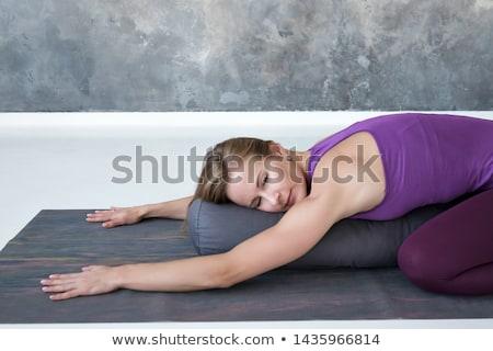 Yoga mujer cuerpo casa Foto stock © AndreyPopov