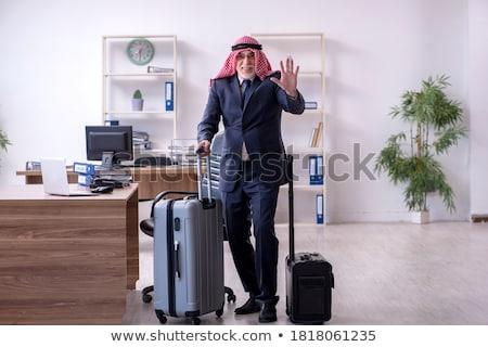 árabe homem viajar saco bilhete mãos Foto stock © studioworkstock