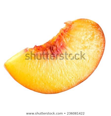 Jugoso melocotón rebanadas primer plano hoja naranja Foto stock © Masha