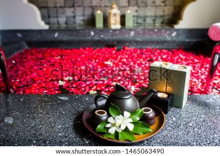 ロマンチックな バスタブ 画像 フル 赤 白 ストックフォト © Ronen
