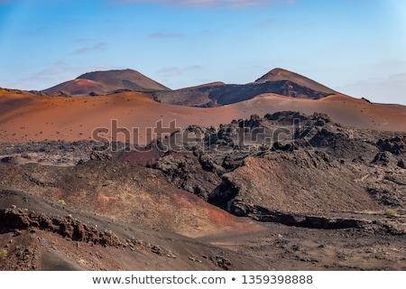 vulcânico · paisagem · parque · canárias · Espanha · carro - foto stock © meinzahn