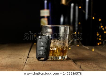 Foto stock: Cerveja · trancado · branco · vidro · fundo · cadeia