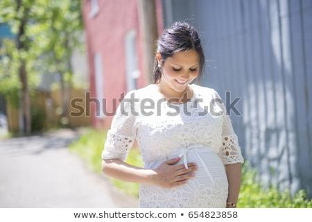 zwangere · vrouw · poseren · park · najaar · bos · natuur - stockfoto © lopolo
