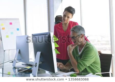 Ver atento pessoas de negócios discutir Foto stock © wavebreak_media