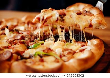 adag · pepperoni · pizza · felszolgált · izolált · fehér - stock fotó © redpixel