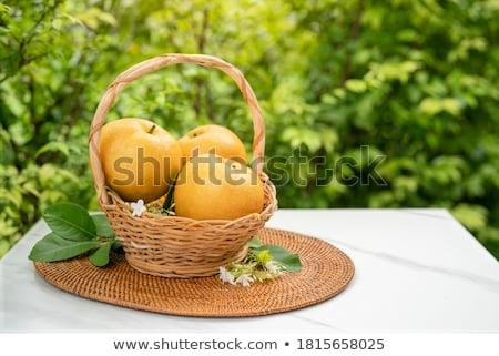 maturo · succosa · farm · pere · foglie · verdi - foto d'archivio © smuki