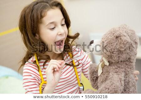 девушки · играет · врач · красивая · девушка · ребенка - Сток-фото © clearviewstock