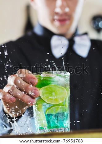 Barman drinken partij nachtleven evenement man Stockfoto © dotshock