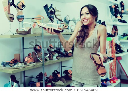 nő · néz · cipő · butik · elégedett · üzlet - stock fotó © wavebreak_media