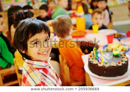 kinderen · vieren · verjaardagsfeest · speeltuin · kinderen - stockfoto © zurijeta