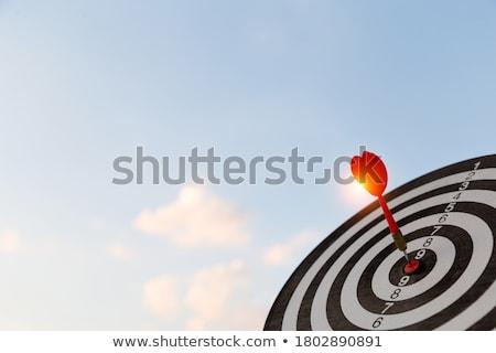 Trabalho vermelho dardos alvo secretária Foto stock © AndreyPopov