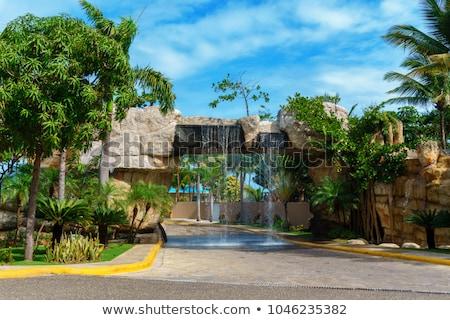 senalización · de · la · carretera · verde · República · Dominicana · muestra · de · la · carretera · nube · calle - foto stock © kbuntu