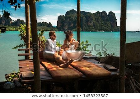 Mutlu genç yeni evliler balayı gülümseme sevmek Stok fotoğraf © photography33