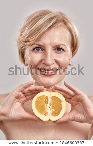 caucasiano · loiro · mulher · belo · sorrir - foto stock © dash