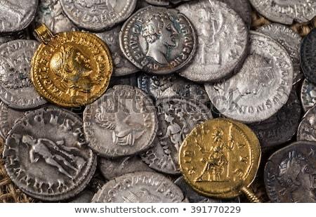 Romeinse · munten · oude · zwarte · geld · achtergrond - stockfoto © cosma