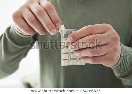 Nikotin íny szelektív fókusz előtér sarok csomag Stock fotó © Gordo25