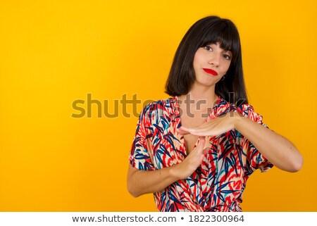 ázsiai · fiatal · nő · mutat · jel · portré · gyönyörű - stock fotó © bmonteny