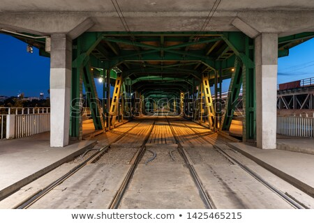 chemin · de · fer · pont · nuit · réflexion · rivière · Riga - photo stock © vwalakte