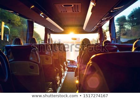フロント · ウィンドウ · バス · 道路 · 道路 · インテリア - ストックフォト © ziprashantzi