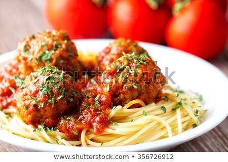 Albóndigas salsa de tomate espaguetis placa alimentos cena Foto stock © Digifoodstock