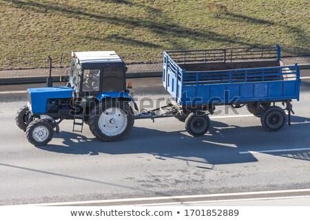 Traktor vagon mező fényes napos idő munka Stock fotó © stevanovicigor