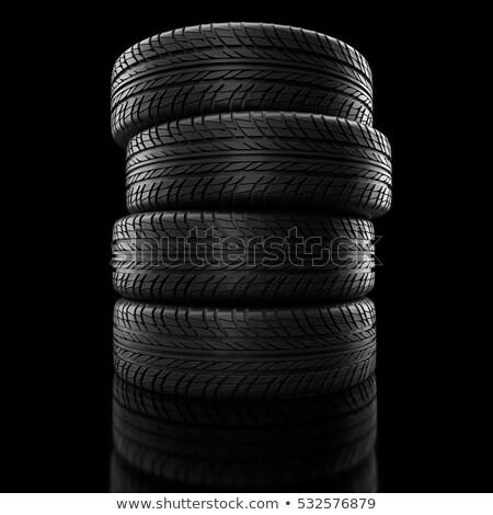 冬 · タイヤ · 車 · タイヤ · 道路 - ストックフォト © user_11870380