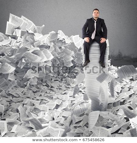 Foto stock: Empresário · papel · folha · enterrado · burocracia · escritório