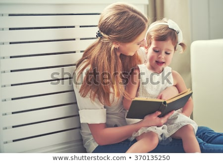 mère · fille · lecture · livre · souriant - photo stock © lopolo