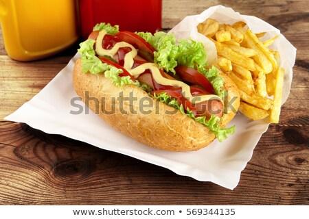 Hotdog sültkrumpli fából készült palánk klasszikus hot dog Stock fotó © dla4