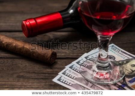 Luxe cubaans sigaren geld houten bureau Stockfoto © CaptureLight