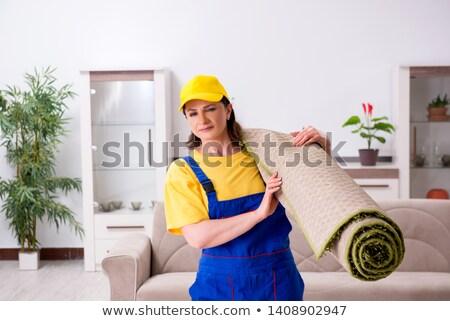 Oude vrouwelijke huishoudelijk werk gelukkig werk Stockfoto © Elnur