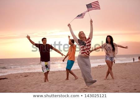 Foto stock: Amigos · americano · día · playa · fiesta · verano