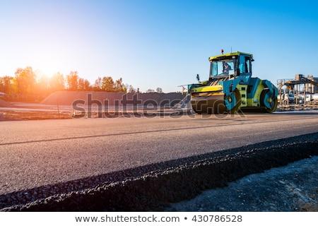 Vibratie werknemer rijden reparatie trottoir weg Stockfoto © smuki