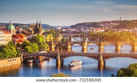 dar · sokak · Prag · eski · bölge · gündoğumu - stok fotoğraf © joyr