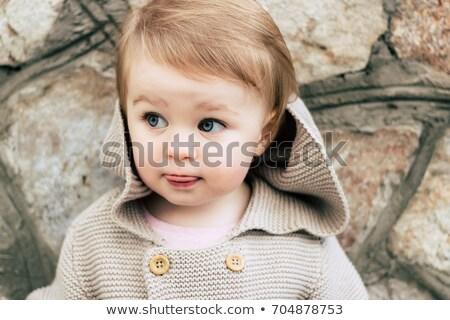 Portré koncentrált lány ősz ruházat tart Stock fotó © deandrobot