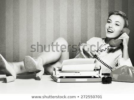 vrouw · retro · herleving · portret · meisje - stockfoto © fanfo