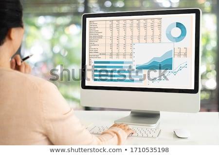 Kobieta interesu księgowy pracy finansowych inwestycja Kalkulator Zdjęcia stock © Freedomz