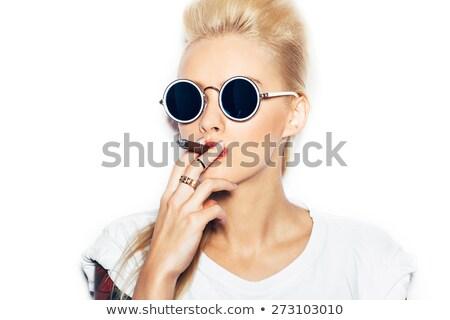 Csinos lány dohányzás szivar cowboy nő Stock fotó © OleksandrO